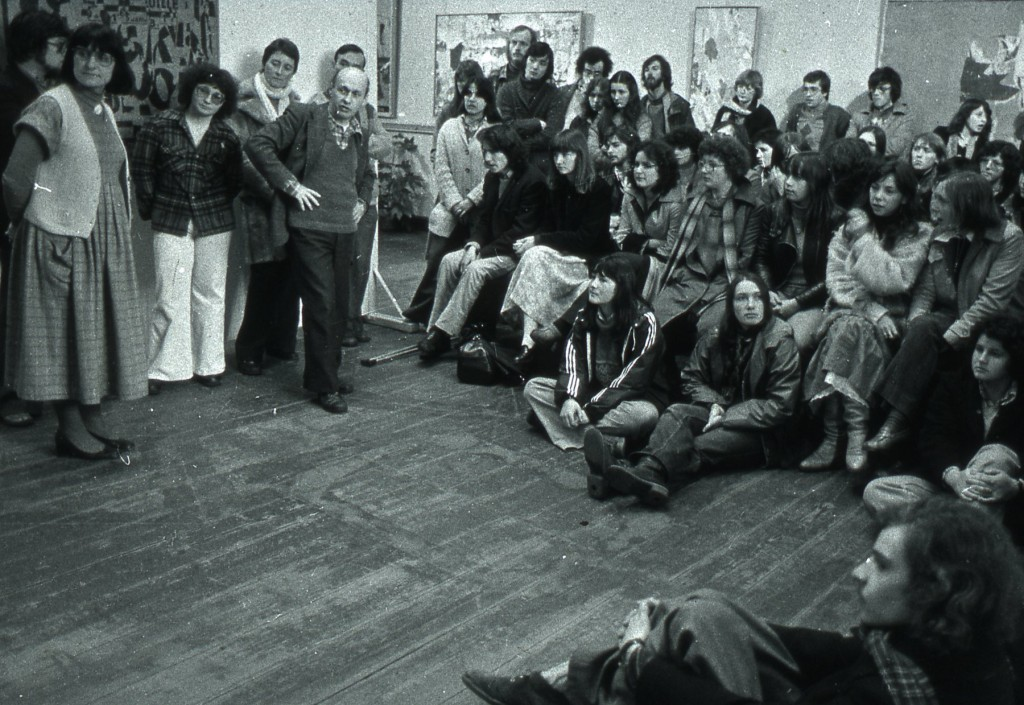 Jacques Villeglé au Musée de Morlaix en 1978
